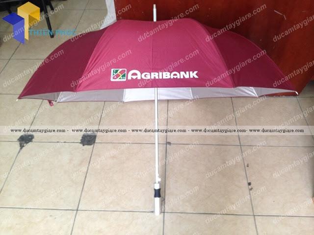 Xưởng chuyên nhận sản xuất ô cầm tay in quảng cáo giá rẻ