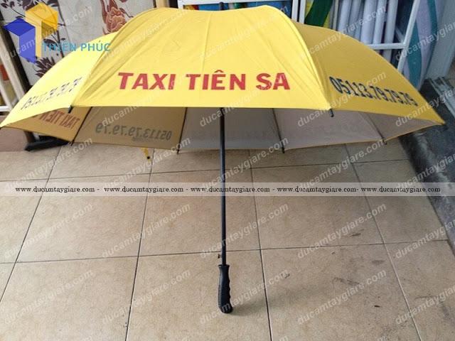 Xưởng sản xuất ô dù cầm tay giá cạnh tranh tại hcm